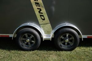 Tire and Wheels and Fender detail on Trackmaster Snow and Sport Trailer