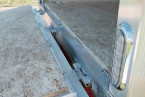 Ramp Flap Hinge detail on Trackmaster