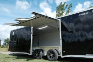 Escape door with removable fender as a custom option for enclosed trailers side doors