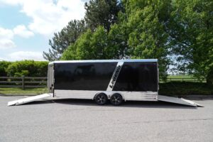 Deluxe Snow with front and rear ramp doors open
